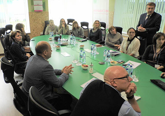 Индустриальный парк «Экобалтик» и компанию «ИНФАМЕД К» посетили гости IV Всероссийской GMP-конференции